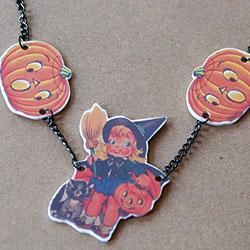 DIY Halloween Shrink Necklace Tutorial - mypapercrane.com