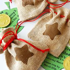 animal crossing bell bag invitations DIY - mypapercrane.com