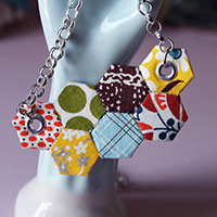 DIY: Spring Hex Necklace mypapercrane.com