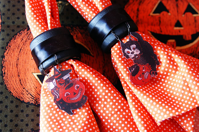 halloween craft DIY napkin rings
